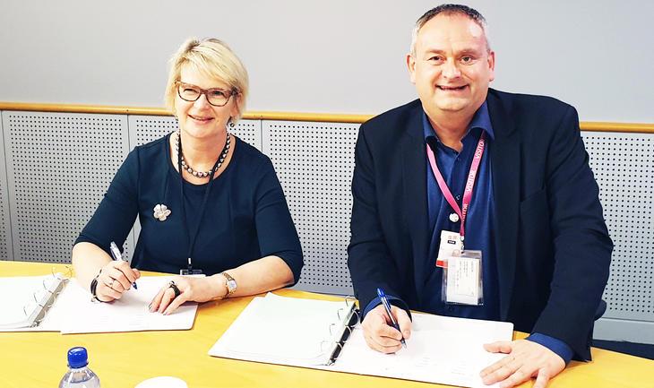 Kjersti Vinje, contract manager ejIC Johan Sverdrup fase 2 og Vidar Haugland, IKM Testing